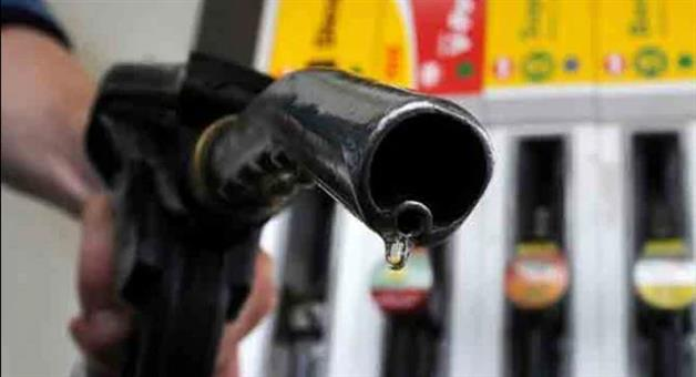 Khabar Odisha:petrol-diesel-prices-continue-to-dip-on-softer-crude