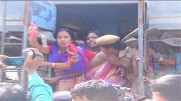 Khabar Odisha:politics-bjp-mahila-morcha-chudi-abhiyan