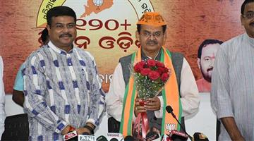 Khabar Odisha:politics-odisha-Kharbela-Swain-will-stand-in-Kandamal-from-BJP-ticket