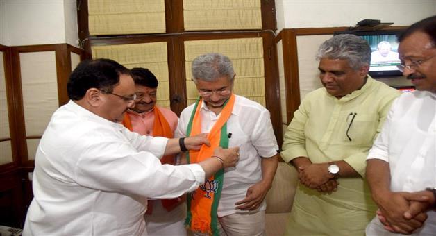 Khabar Odisha:politics-odisha-Rajya-Sabha-Byelection-BJP-Releases-List-Of-Two-Names-For-Gujarat
