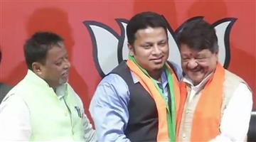 Khabar Odisha:politics-odisha-TMC-MP-Anupam-Hazra-joins-BJP