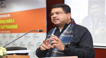 Khabar Odisha:politics-odisha-dharmendra-questioned-to-naveen-patnaik-on-bedanta-matter
