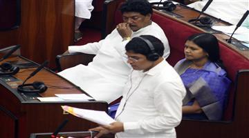 Khabar Odisha:politics-odisha-no-farmer-committed-suicide-in-last-three-years-says-agriculture-minister-arun-sahoo
