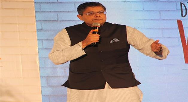 Khabar Odisha:politics-odisha-we-hits-six-in-over-jay-panda-on-damas-joining