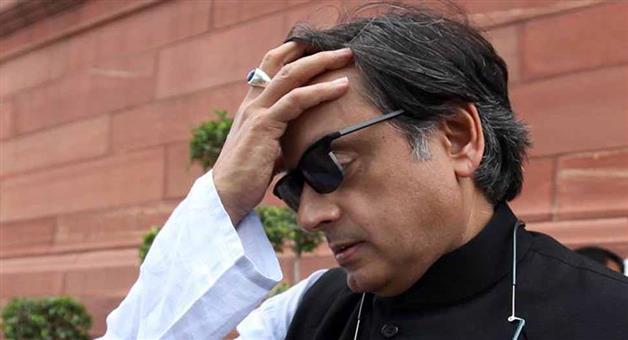 Khabar Odisha:politics-odishalok-sabha-elections-2019-now-shashi-tharoors-aunt-uncle-join-bjp