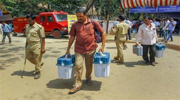 Khabar Odisha:polling-party-stayed-whole-night-on-the-road