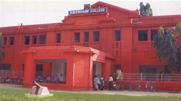 Khabar Odisha:ragging-to-plus-III-student-in-Ravenshaw-college