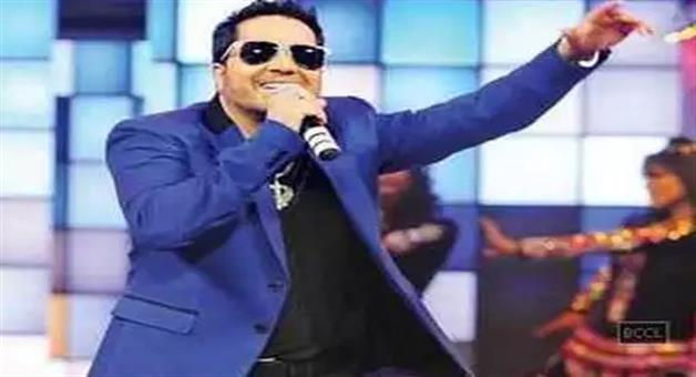 Khabar Odisha:singer-mika-singh-detained-in-dubai-for-sexual-misconduct