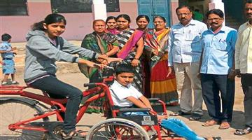 Khabar Odisha:special-national-odisha-pune-girl-invents-cycle-for-her-disabled-brother