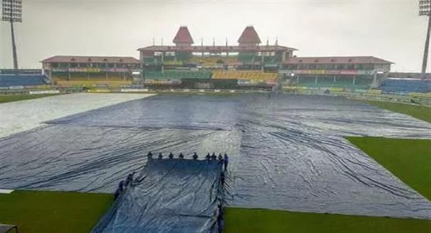 Khabar Odisha:sports--cricket--odisha--heavy-downpour-before-the-start-of-1st-t20-match-of-india-south-africa