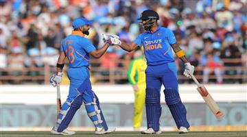 Khabar Odisha:sports--cricket--odisha-india-gave-341-target-to-australia-in-2nd-odi