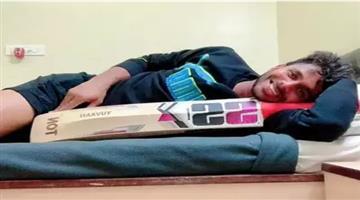 Khabar Odisha:sports--cricket--odisha-cricketer-manoj-tiwari-scores-maiden-triple-hundred-in-first-class-cricket
