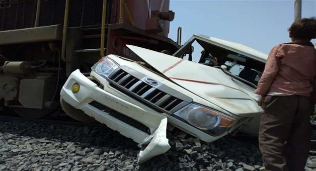 Khabar Odisha:state-accident-bhadrak-aradi-4-injured