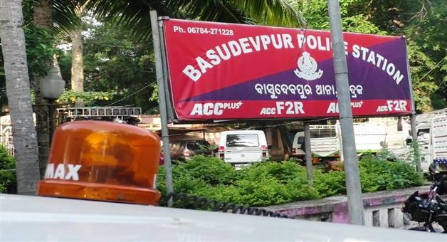 Khabar Odisha:state-crime-odisha-accused-escape-from-jail-in-bhadrak-basudevpur