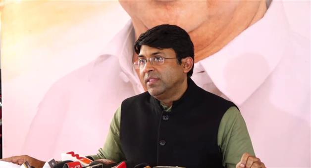 Khabar Odisha:state-odisha--state-govt-use-the-dgp-as-a-doll-and-throw-them-mid-night-says-Satya-nayak