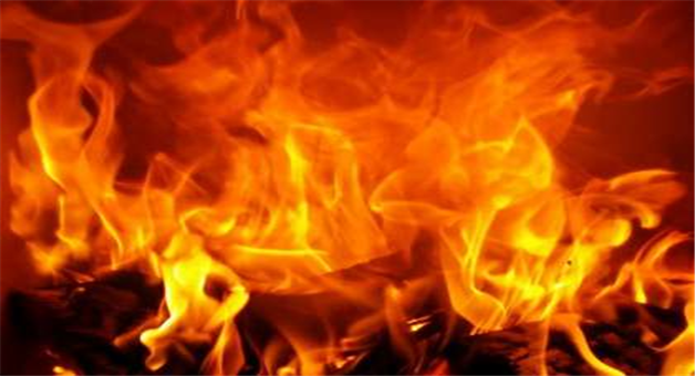 Khabar Odisha:state-odisha-Property-worth-lakhs-of-rupees-gutted-after-fire-engulfs-11-rooms-of-7-families-at-Bilitentulia-village-in-Banki-area