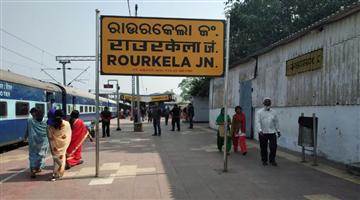 Khabar Odisha:state-odisha-a-grp-rescue-a-kidnapped-minor-girl-in-raurkela