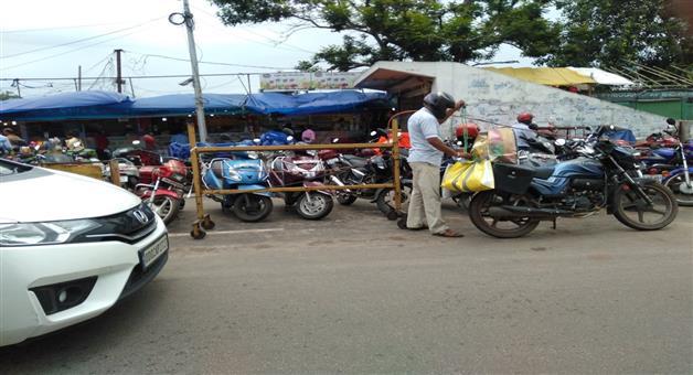 Khabar Odisha:state-odisha-bhubaneswar-unit-1-market-bike-parking