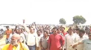Khabar Odisha:state-odisha-jharsuguda-villagers-protest-public-hearing