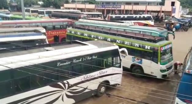 Khabar Odisha:state-odisha-paralakhemundi-gajapati-motor-worker-associations-strike-hits-bus-service