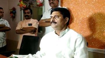 Khabar Odisha:state-odisha-sammer-das-surprise-visit-6-schools-in-bhubaneswar
