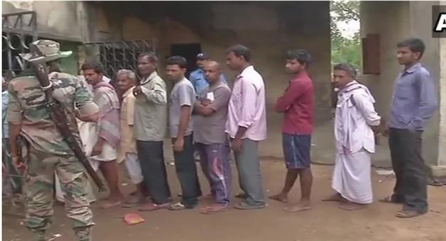 Khabar Odisha:west-bengal-panchayat-elections-2018-live-voting-today-as-all-eyes-on-tmc-and-bjp